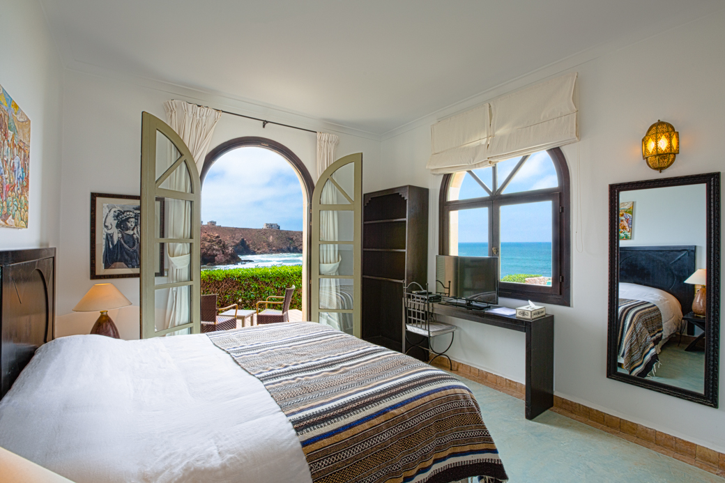 chambre avec vue sur la mer dar najmat. Black Bedroom Furniture Sets. Home Design Ideas