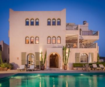 Hotel + Pool