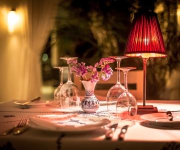 Restaurant ambiance chaleureuse
